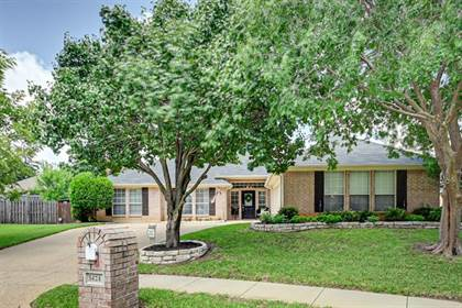 Residential for sale in 5424 Crested Butte Circle, Arlington, TX, 76017