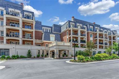 Residential Property for sale in 6000 Royal Court 6106, Manhasset Hills, NY, 11040