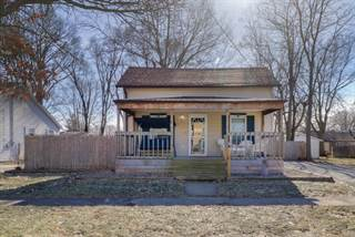 Single Family for sale in 1002 East Washington Street, Clinton, IL, 61727