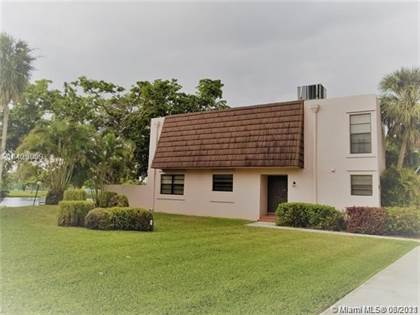 Residential Property for sale in 1576 NW 90th Way 1576, Pembroke Pines, FL, 33024