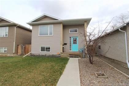 Residential Property for sale in 1107 8 Street N, Lethbridge, Alberta, T1H 1Z3