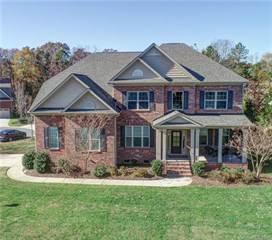 Single Family for sale in 4003 Stonehill Lane, Matthews, NC, 28104
