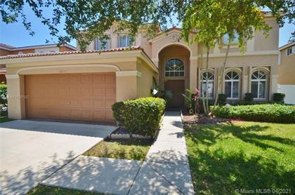 Residential Property for sale in 10704 SW 17th Pl, Davie, FL, 33324