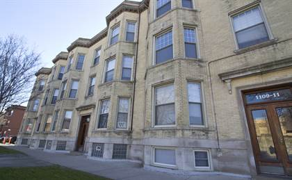 Apartment for rent in 1101 W Grace St, Chicago, IL, 60613