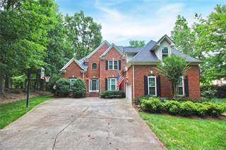 Single Family for sale in 11600 Chestnut Hill Drive, Matthews, NC, 28105