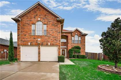 Residential for sale in 8019 Shoshoni Drive, Arlington, TX, 76002