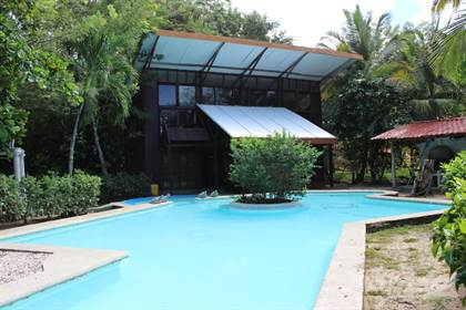Residential Property for rent in Casa De Madera, BeachFront 4bdrm house w/ pool, Playa Grande, Guanacaste