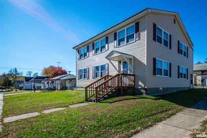 Multifamily for sale in 200 S LOCUST Street, McLeansboro, IL, 62859