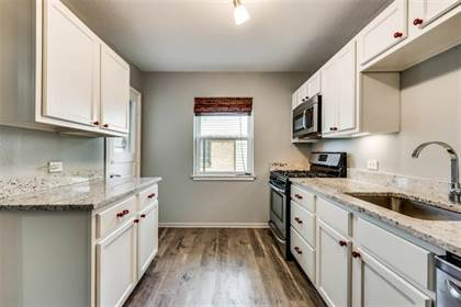 Residential for sale in 1012 Cliffdale Avenue, Dallas, TX, 75211