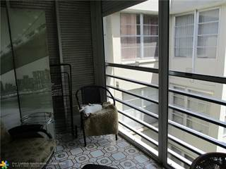 Condo for sale in 2998 NW 48th Ter 427, Lauderdale Lakes, FL, 33313