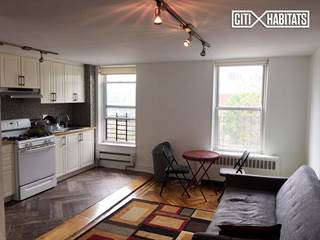 Townhouse for rent in 633 Walton Avenue, Bronx, NY, 10451