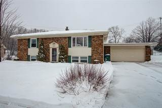Single Family for sale in 5212 Raven Dr, Greendale, WI, 53129