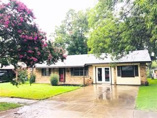 Single Family for sale in 121 W Dorris Drive, Grand Prairie, TX, 75051