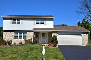 Single Family for sale in 7491 Foxglove Place, Lower Macungie, PA, 18062