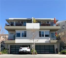Townhouse for sale in 900 Manhattan Avenue, Hermosa Beach, CA, 90254