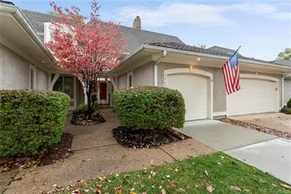Residential Property for sale in 10430 Garnett Street, Overland Park, KS, 66214