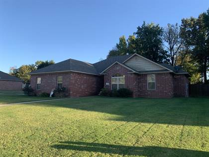 Residential for sale in 214 Sagewood Lane, Russellville, AR, 72802