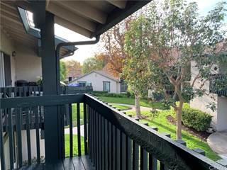 Condo for sale in 23228 Orange Avenue 2, Lake Forest, CA, 92630