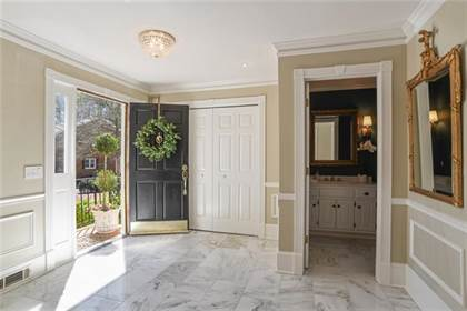 Residential Property for sale in 5379 Trentham Drive F28, Dunwoody, GA, 30338