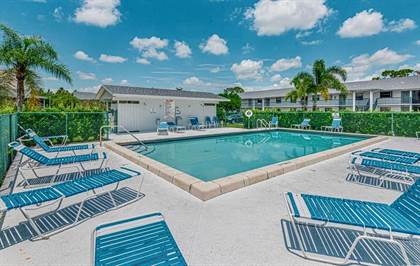 Residential Property for sale in 1201 SE Parkview Place G12, Stuart, FL, 34994