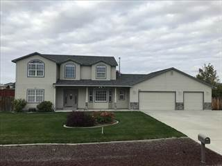 Single Family for sale in 970 NW Bluegrass Cir, Mountain Home, ID, 83647