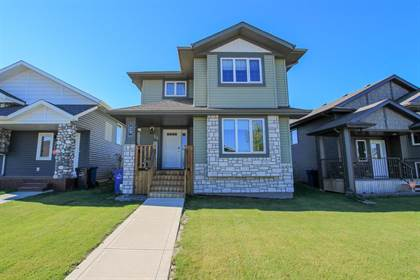 Residential Property for sale in 29 Hawkridge Boulevard, Penhold, Alberta, T0M 1R0