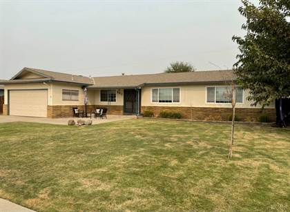 Residential Property for sale in 580 E Spruce Avenue, Lemoore, CA, 93245