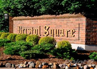 Apartment for rent in Bristol Square and Golden Gate Apartments - 1-Bed/1-Bath, Mina at Golden Gate, Wixom, MI, 48393