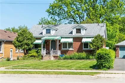 Residential Property for sale in 58 Sanders Boulevard, Hamilton, Ontario, L8S 3J6