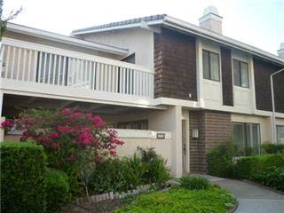 Townhouse for rent in 17523 Fairlie Road, San Diego, CA, 92128