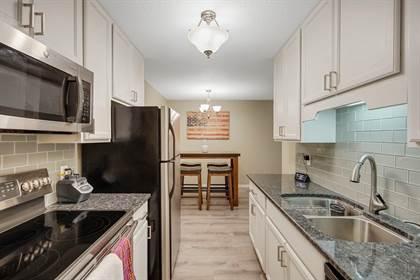 Residential for sale in 1400 Dakota Avenue S 108, St. Louis Park, MN, 55426