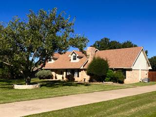 Single Family for sale in 133 Chaparral Drive, Graham, TX, 76450