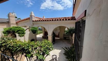 Propiedad residencial en venta en 3211 W 78th Place, Los Angeles, CA, 90043