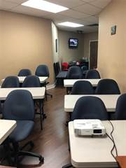 Comm/Ind for rent in 169 Dundas St E 214/215, Mississauga, Ontario, L5A1W8
