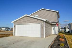 Single Family for sale in 6994 Majestic Loop, Lincoln, ND, 58504