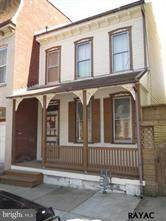 Townhouse for sale in 328 W NORTH STREET, York, PA, 17401
