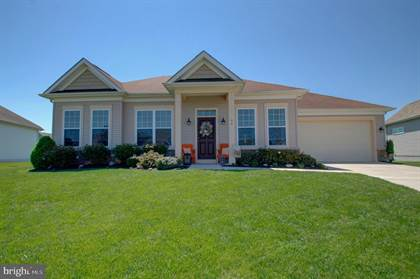 Residential Property for sale in 94 SERPENTINE WAY, Martinsburg, WV, 25405