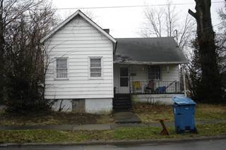 Single Family for sale in 304 Webster Street, Benton, IL, 62812