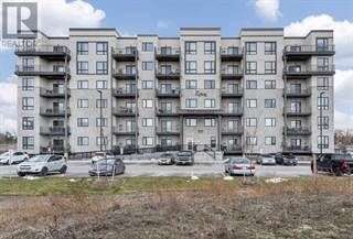 Condo for sale in 295 CUNDLES RD E 610, Barrie, Ontario