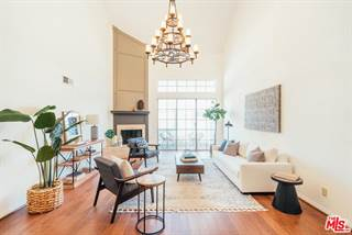 Townhouse for sale in 11667 GORHAM Avenue 303, Los Angeles, CA, 90049