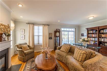Residential Property for sale in 51 Woodcrest Lane, Danbury, CT, 06810
