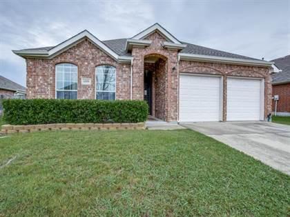 Residential for sale in 1008 Rosita Street, Arlington, TX, 76002