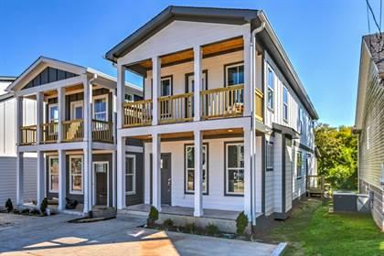 Residential for sale in 2141 Burns St, Nashville, TN, 37216