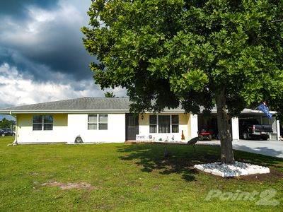 Residential Property for sale in 1450 se Delene Court, Port St. Lucie, FL, 34952