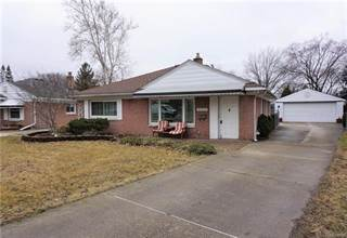 Single Family for sale in 11355 W CLEMENTS Circle, Livonia, MI, 48150