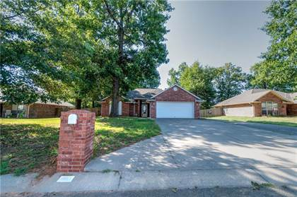 Residential Property for sale in 913 Woods Terrace, Chandler, OK, 74834