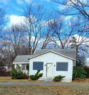 Residential Property for sale in 3323 MCDONALD AV, Schenectady, NY, 12304