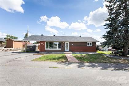 Residential for sale in 924 Bermuda Ave, Ottawa, Ontario, K1K 06V