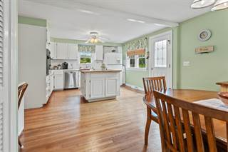 Photo of 6 Rustic Lane, Barnstable Town, MA