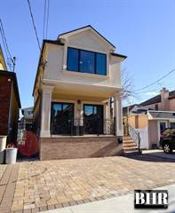 Duplex for sale in 159 Norfolk St, Brooklyn, NY, 11235